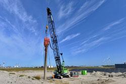 HBK-Dehnungsmessstreifen messen Schwingung bei neuem Verfahren zum Einrammen der Gründungspfähle von Offshore-Windkraftanlagen