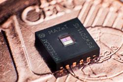 MAZeT präsentiert vollintegrierten Farbsensor MTCS-CDCAF